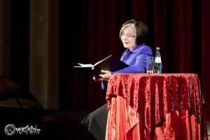 Lesung: Herma Koehn liest Hamburger Theatergeschichten im kleinen Hoftheater