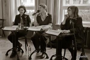 Judith Schalansky (links) und Sibylle Lewitscharoff (rechts) im Gespräch mit Christine Gräbe. Foto: Anders Balari