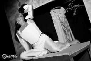 Agamomnon versucht Kassandra zu unterwerfen, doch hat Angst vor ihrer Inneren Stärke. Foto: Anders Balari