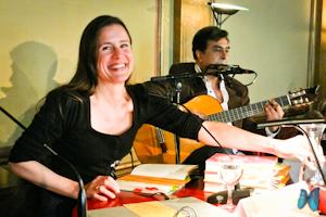 Lesung: Spannende Abenteuer, brasilianische Musik und bunte Stifte – Isabel Abedi ließ Kinderherzen höher schlagen