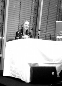 Elke Heidenreich beim Harbour Front Literaturfestival in Hamburg. Foto: Sabine Sevinς