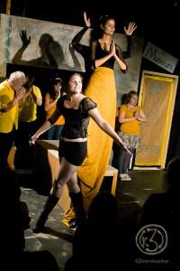 Eine ereignisreiche, äußerst anregende und dennoch gemütliche Hamburger Theaternacht im Theater in der Washingtonallee