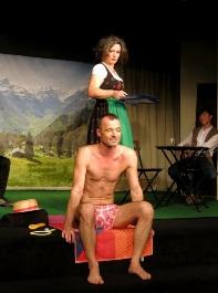 """(Gar nicht so) Absurdes Theater von Václav Havel – """"Das Berghotel"""" im Kellertheater Hamburg ist ein Genuss fürs Gehirn!"""