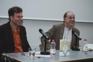 """Olaf Petersen und Klaus Modick sprechen über seinen Roman """"Konzert ohne Dichter"""" Foto: Anders Balari"""