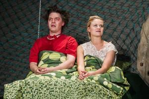 """Theater – Vorschau: Ab Mai streiten Henrike Fehrs und Andreas Püst wieder als """"Engelchen und Teufelchen"""" in Stefan Schroeders gleichnamiger Komödie"""