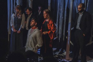 Theaterlaien mit viel Herzblut am Werk! Foto: Anders Balari