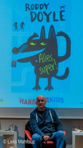 """Roddy Doyle bei der Präsentation seines Kinderbuches """"Alles super!"""""""