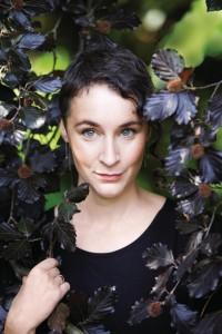 Leonie Swann © Mark Bassett