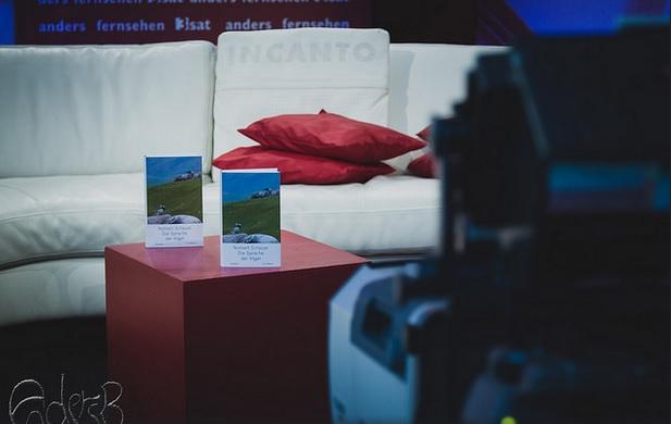 """Präsentation des Romans """"Die Sprache der Vögel"""" auf der Leipziger Buchmesse 2015 (Foto: Anders Balari)"""