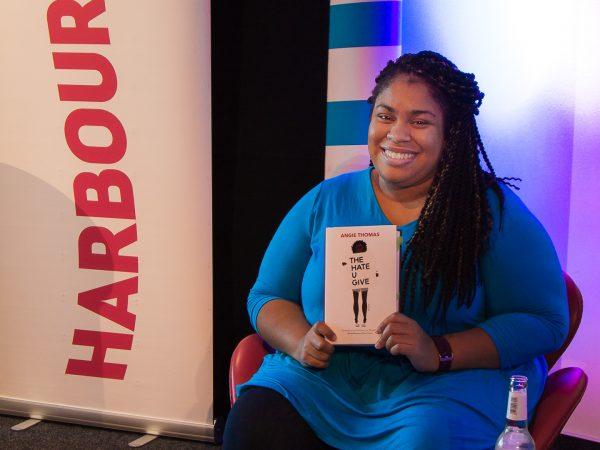 Harbour Front Literaturfestival Lesung von Angie Thomas und Rezension zu ihrem Romandebüt »The Hate UGive«
